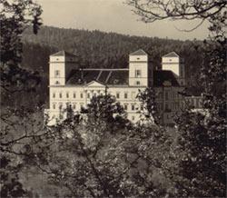 zamek1.jpg